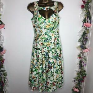 Hearts & Roses white floral print sleeveless dress